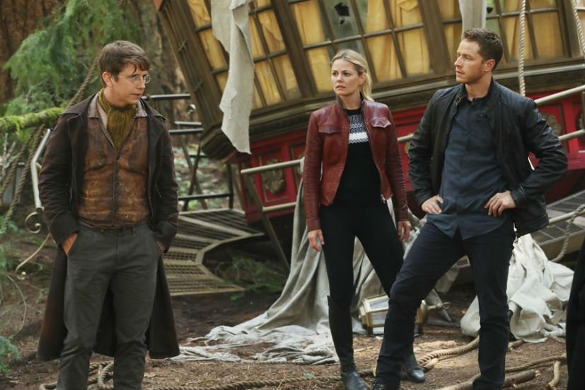 Once-Upon-a-Time-season-6-episode-1-david-jeckyll-emma.jpg