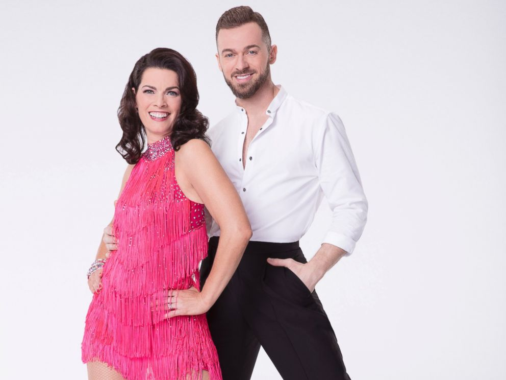 ABC-Nancy-Kerrigan-Artem-Chigvintsev-DWTS-ml-170228_4x3_992.jpg