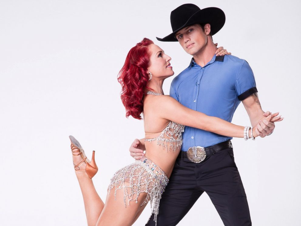 ABC-Sharna-Burgess-Bonner-Bolton-DWTS-ml-170228_4x3_992.jpg