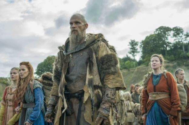 History-Channels-Vikings-Season-5B-premiere-Episode-7-Full-Moon-Floki-and-his-group-670x446.jpg